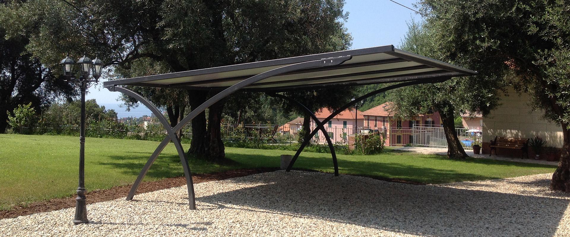 Sistemi di copertura per auto parcheggi ombreggianti antigrandine tettoie - Coperture x esterni ...